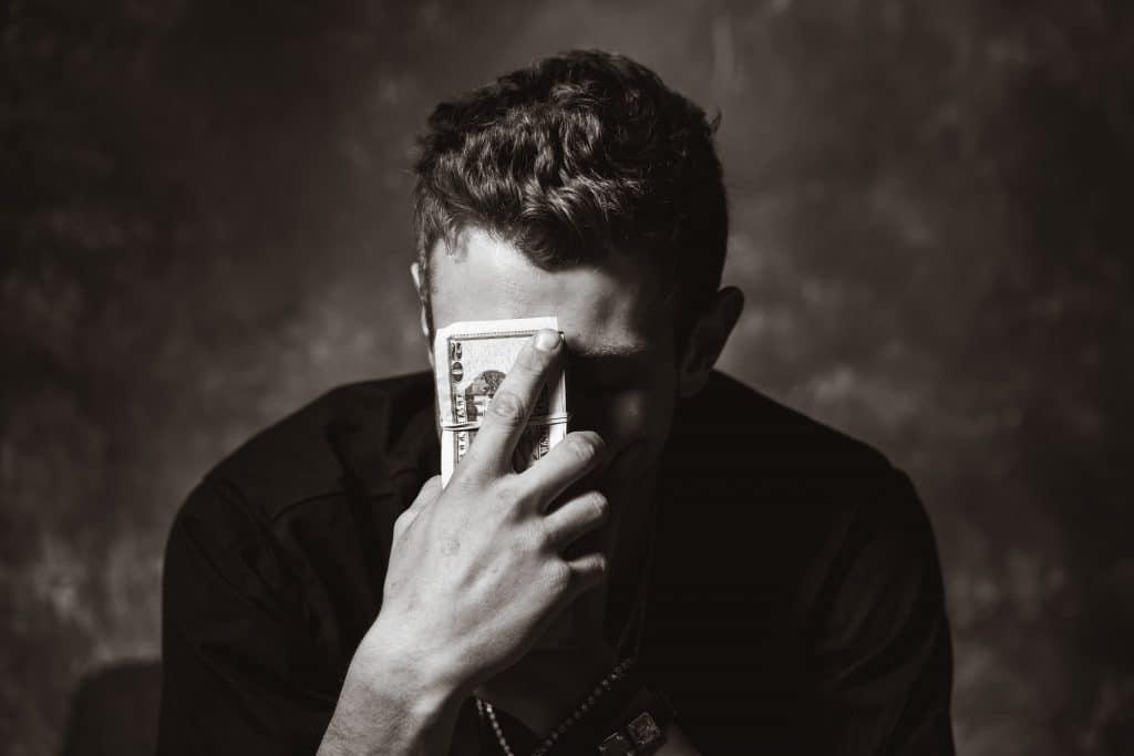 Como resolver una deuda con el banco